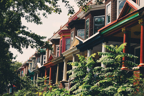 colorful row homes in baltimore maryland
